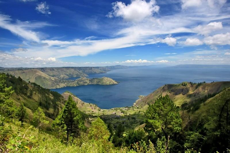 Toba Lake in Medan, South Sumatera, one of wonderful scenery in Indonesia. (Photo: Media Indonesia/Sumaryanto).