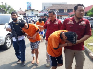 Tiga Remaja Merampok Minimarket karena Judi <i>Online</i>