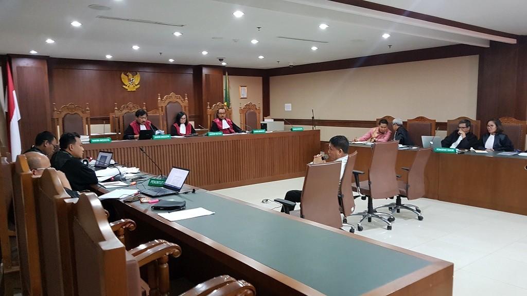 Gubernur nonaktif Aceh Irwandi Yusuf saat memberikan kesaksian - Medcom.id/Damar Iradat.