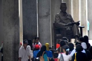 Kritik 'Sontoloyo' ala Jokowi dan Soekarno