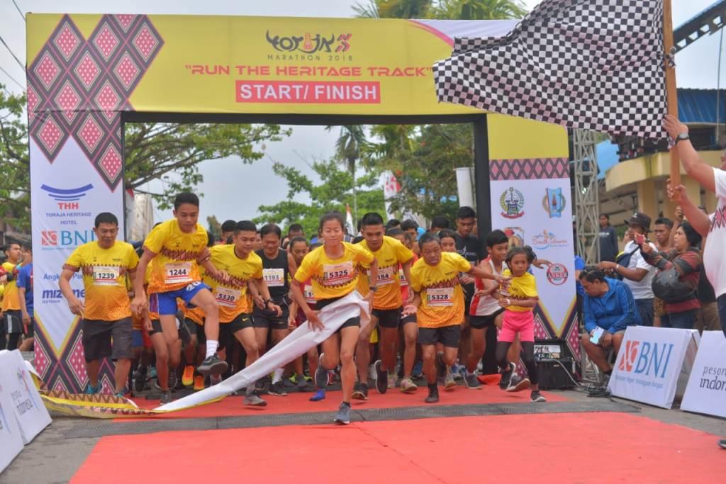 Suasana saat start Toraja Marathon 2018 (Foto: Ist)