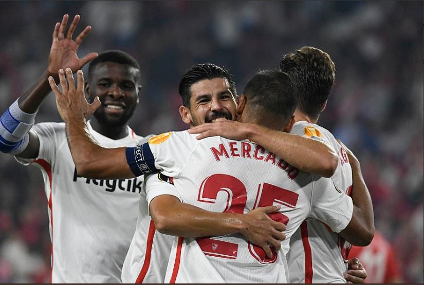 Para pemain Sevilla berpesta (Foto: Sevilla FC)