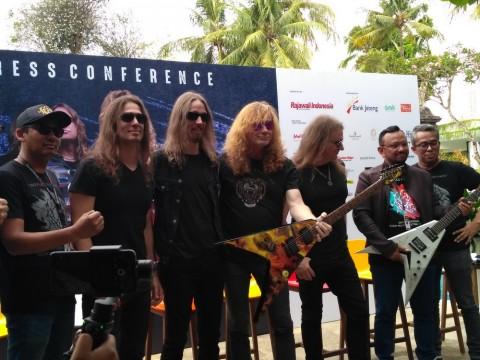 Gitar Bertandatangan Personel Megadeth Dilelang dalam Festival Musik Jogjarockarta