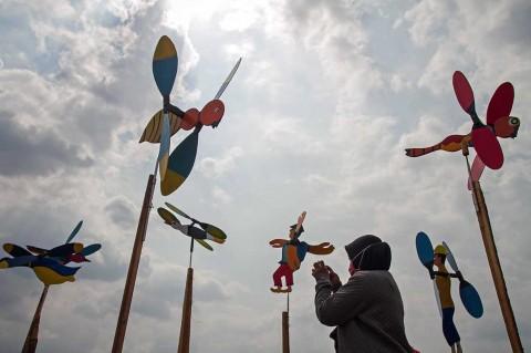 Ayo Kunjungi Festival Kincir Angin di Karanganyar