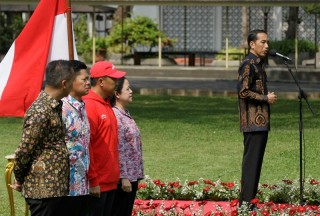 Kalla's Reminds Jokowi's Team not to be Mesmerized by Survey
