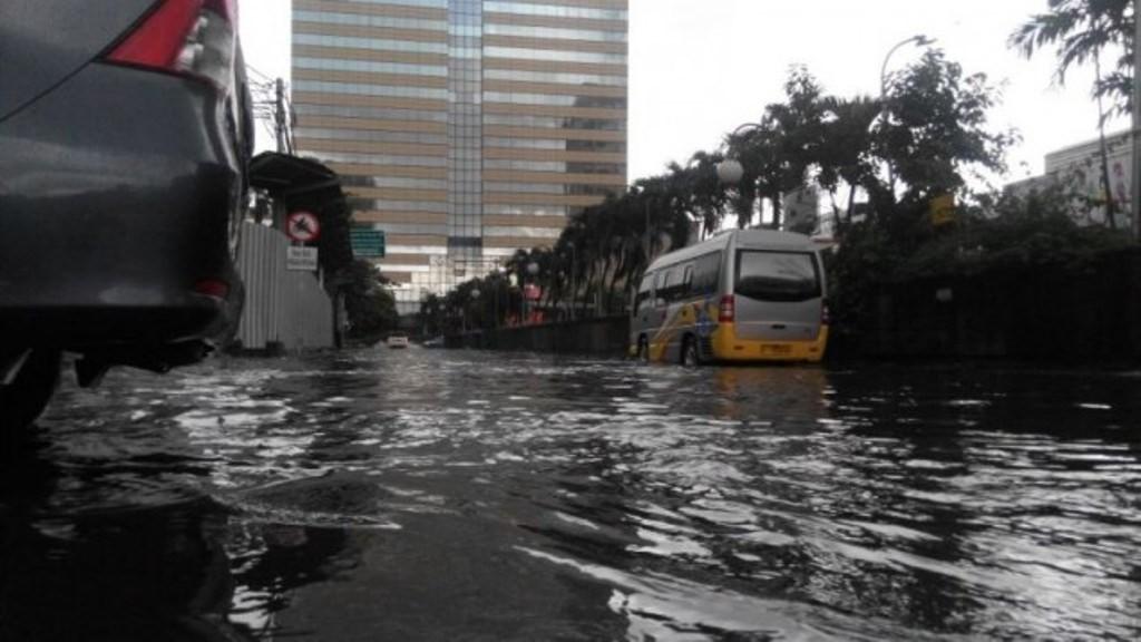 Ilustrasi. Jalan di Sekitar Sarinah Tergenang Air-Metrotvnews.com/Yogi Bayu Aji