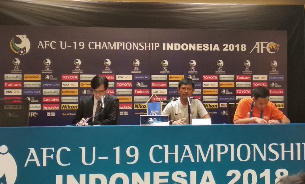 Pelatih Timnas Indonesia U-19 Indra Sjafri saat jumpa pers usai laga kontra Jepang (Medcom.id/Rendy Renuki H)