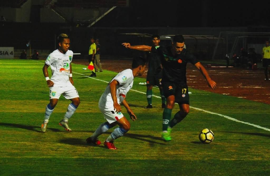 Suasana PS Tira vs Persela. (Foto: medcom.id/Ahmad Mustaqim)