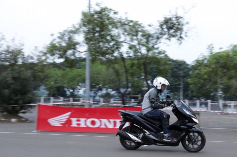 Motor Hybrid jadi Favorit Pewarta Otomotif Nasional