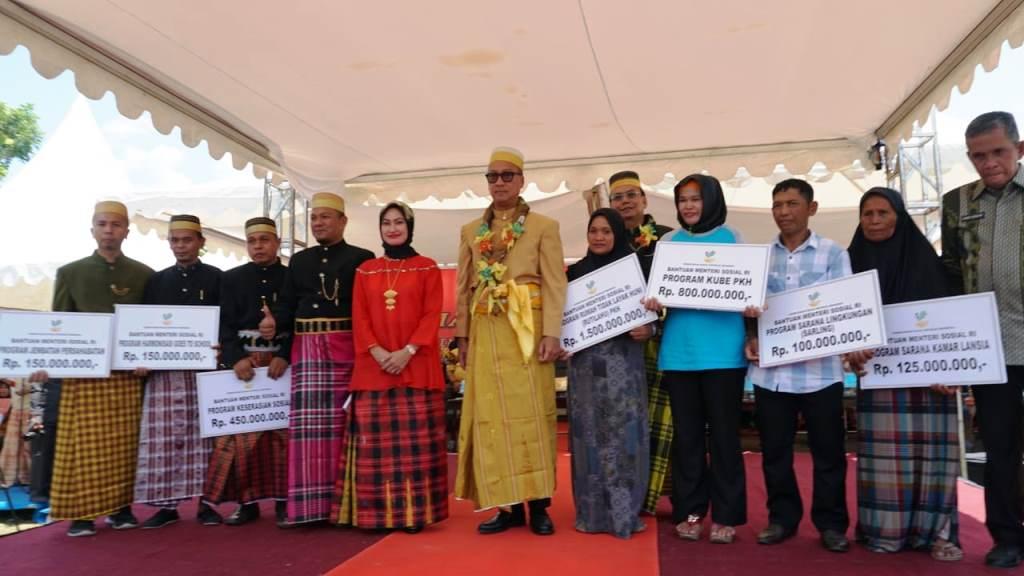 Mensos Agus Gumiwang Kartasasmita membuka acara Harmoni Kebangsaan 2018 di Tanah Luwu, Kabupaten Luwu Utara, Sulawesi Selatan, Selasa, 30 Oktober (Foto:Dok)