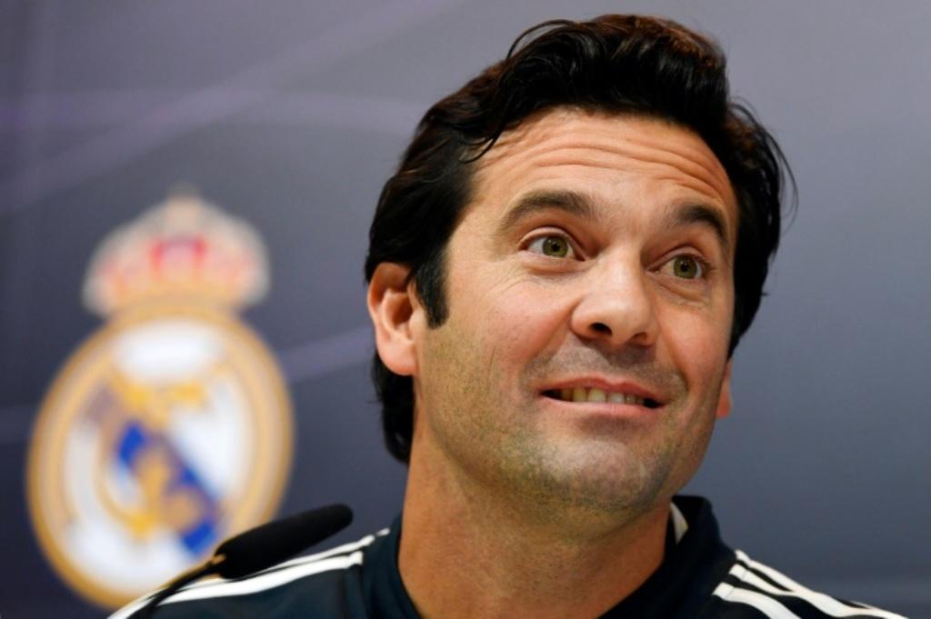 Pelatih interim Real Madrid, Santiago Solari (AFP/Gabriel Bouys)