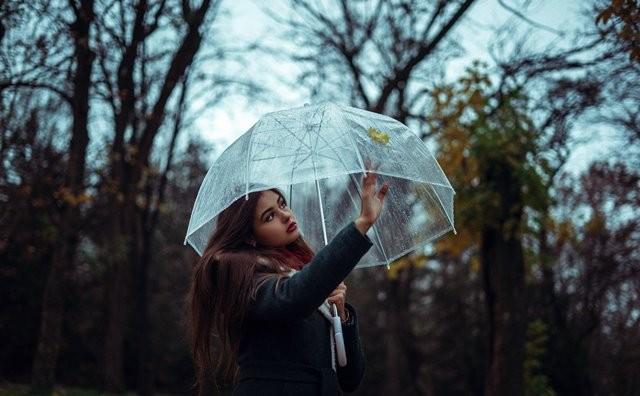 Berikut ini adalah beberapa cara alami yang bisa digunakan untuk meningkatkan sistem imun Anda di musim hujan. (Foto: Elijah O'Donnell/Unsplash.com)