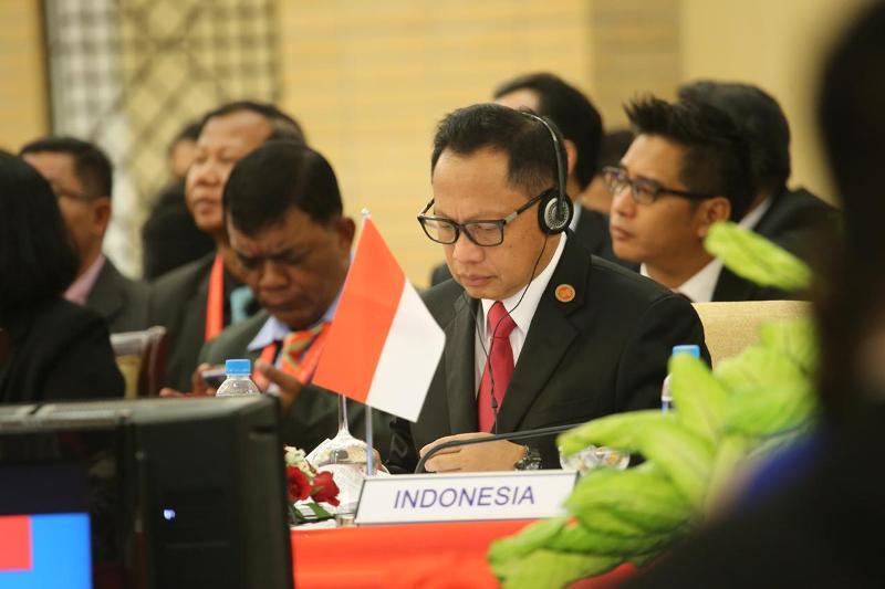 Kapolri Jenderal Tito Karnavian memimpin delegasi Indonesia (Head of Delegation/HOD) dalam pertemuan tingkat Menteri ASEAN untuk penanggulangan kejahatan transnasional (12th ASEAN Ministerial Meeting on Transnational Crime) di Nay Pyi Taw, Myanmar dari ta