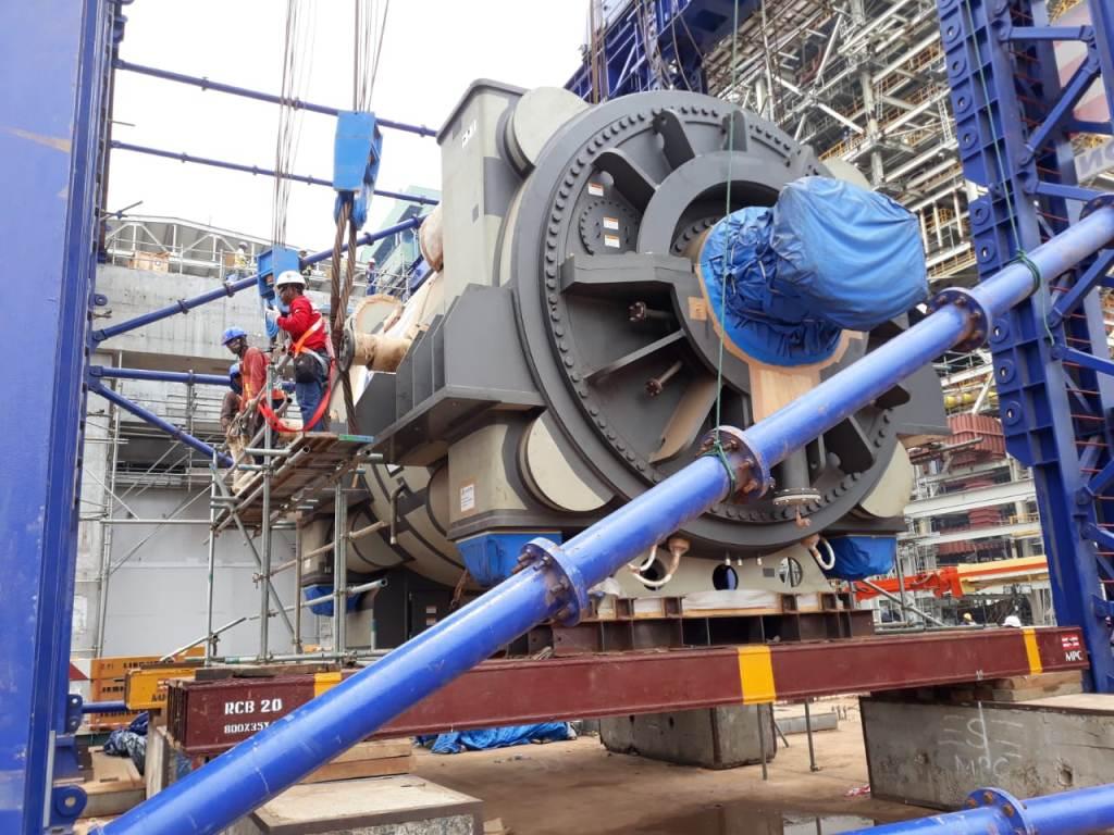 PLN memproduksi daya sebesar 315 mw di PT Indonesia Power UJP Lontar, Kabupaten Tangerang, Banten. (FOTO: Medcom.id/Hendrik Simorangkir)