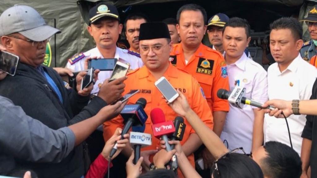 Gubernur Babel meninjau langsung proses evakuasi korban pesawat Lion Air JT610 di JICT 2, Tanjung Priok, Jakarta Utara - Medcom.id/Fachri Audhia Hafiez.