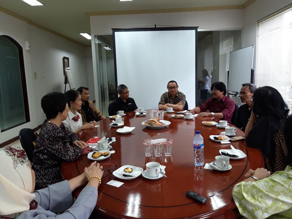 Ahli Bahasa Indonesia, Kyoko Funada saat berkunjung ke kantor Media Indonesia - Medcom.id/Intan Yunelia.