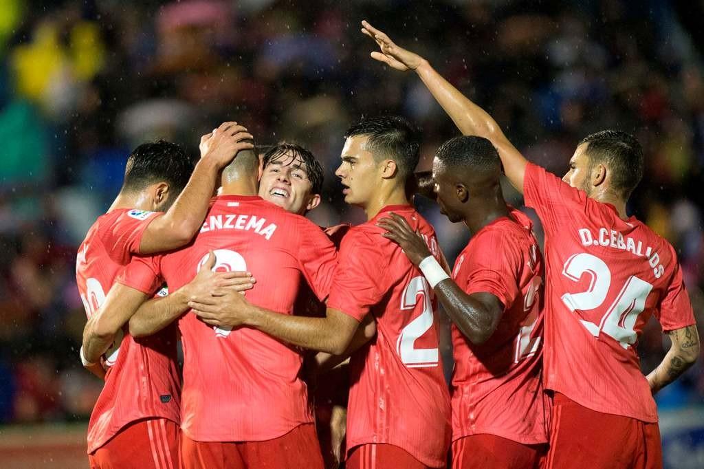 Real Madrid merayakan kemenangan atas Melilla. (Foto: AFP/Jorge Guerrero)