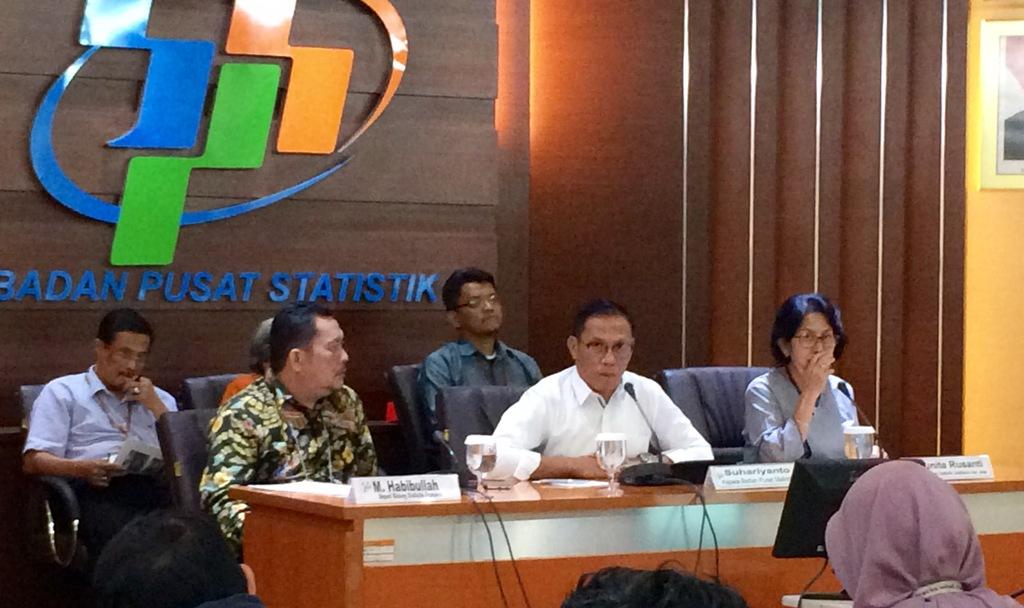 Kepala Badan Pusat Statistik (BPS) Suhariyanto (kedua dari kanan). (FOTO: Medcom.id/Husen Miftahudin)