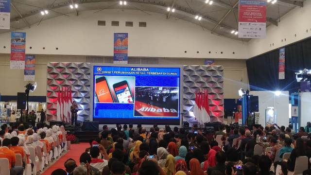 Jokowi menghadiri pembukaan Pameran ISE 2018 di ICE Convention BSD/Medcom.id/Yogi Bayu Aji