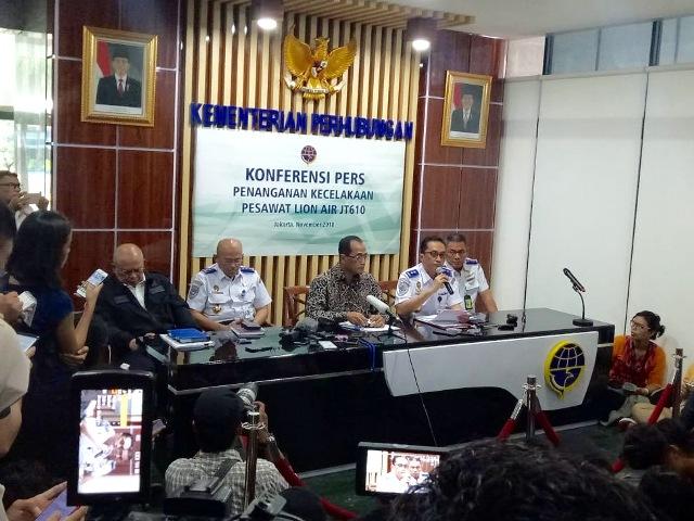 Suasana konferensi pers penanganan kecelakaan pesawat Lion Air JT610. Foto: Medcom.id/Husein Miftahudin.
