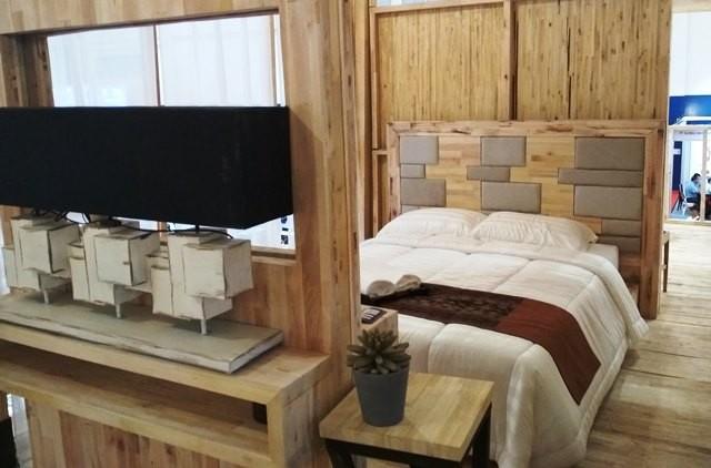 Rumah kayu ini juga diklaim mampu menahan gempa hingga 7 skala ritcher karena mengadopsi desain rumah dari Jepang.
