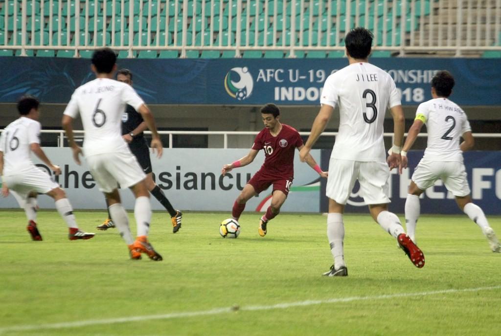 Suasana laga Qatar U-19 vs Korea Selatan U-19 (Foto: ANTARA FOTO/Yulius Satria Wijaya)