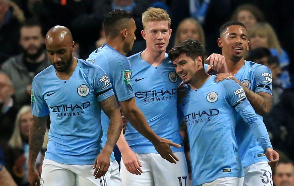 Gelandang muda Manchester City Brahim Diaz (kanan kedua) berhasil membawa timnya menang atas Fulham berkat kedua golnya (Foto: AFP/Lindsey Parnaby)