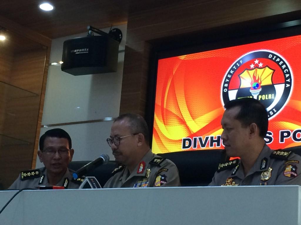 Kadiv Humas Polri Irjen Setyo Wasisto (tengah)/MTVN/Lukman Diah Sari
