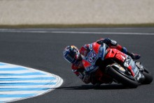 Lorenzo Masih Kesulitan, Dovizioso Tercepat pada FP1 MotoGP