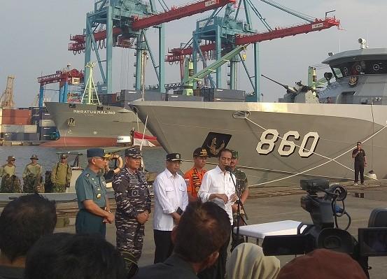 Presiden Joko Widodo meninjau posko di JICT - Medcom.id/Lukman Diah Sari.