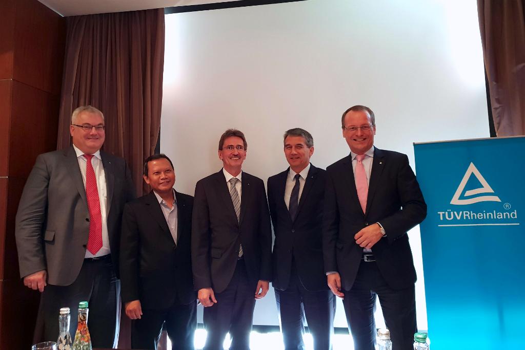 TUV Rheinland AG mengumumkan kesiapannya untuk mendukung revolusi Industri 4.0 di Indonesia.