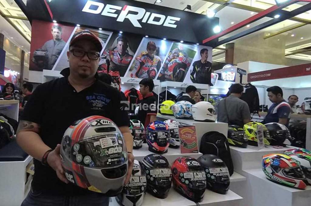 Apparel khas bikers dunia dan MotoGP hadir di IMOS lewat Deride. medcom.id/Ahmad Garuda