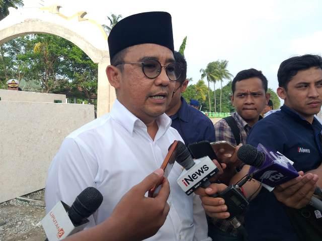 Ketua TKD Banten Jokowi-Ma'ruf, Asep Rahmatullah di Komplek Kesultanan Banten Lama. Foto: Medcom.id/Nur Azizah