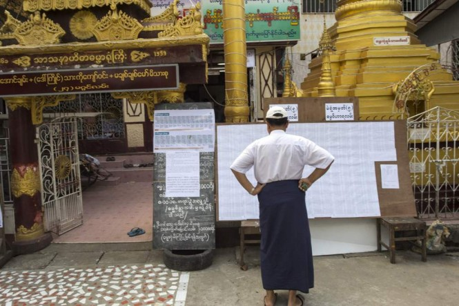 Pemilu sela sedang berlangsung di Myanmar. (Foto: AFP)