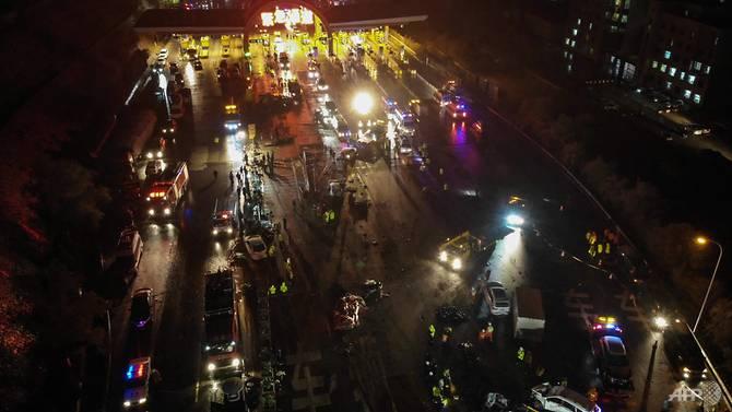 Kecelakaan yang terjadi di Lanzhou, Tiongkok. (Foto: AFP)