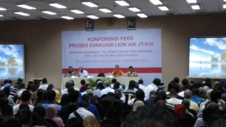 Konfrensi pers proses evakuasi pesawat Lion Air PK-LQP. Foto: Medcom.id/Fachri Audhia Hafiez