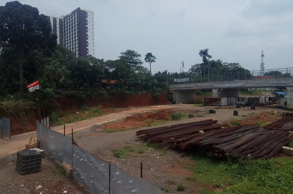 Deretan rumah yang terkena dampak pembangunan tol Cijago, Depok, Jawa Barat, Senin, 5 November 2018, Medcom.id - Octa