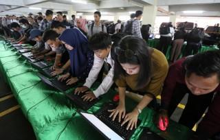 Lulusan SMK Paling Banyak Menganggur