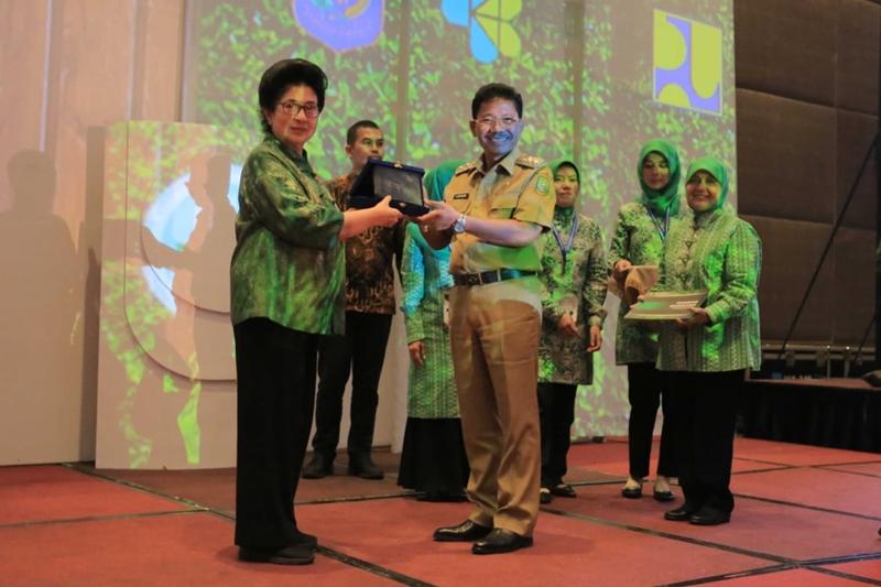 Menteri Kesehatan Nila Farid Moeloek menjadi pembicara Healthy City Summit 2018 seminar kabupaten/kota sehat & expo di Hotel Novotel Tangerang. Medcom.id/Hendrik Simorangkir