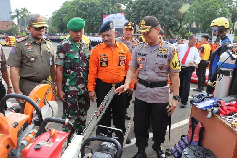 Polres Metro Tangerang Kota menyiapkan pasukan siaga bencana guna mengantisipasi titik rawan bencana di Kota Tangerang.