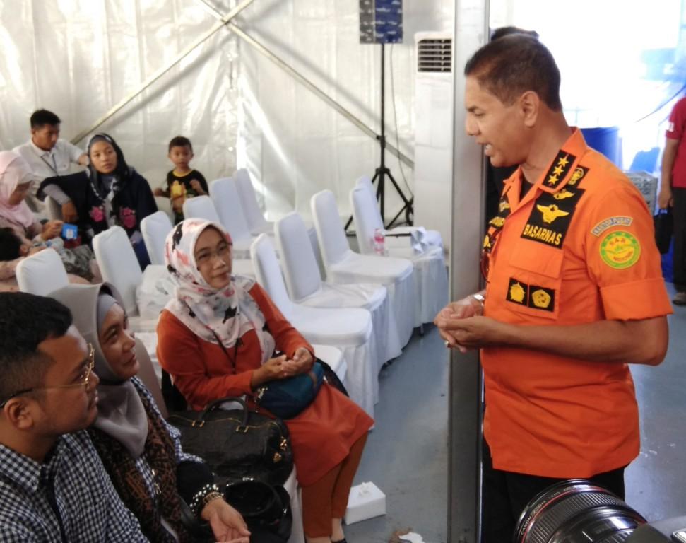 Kepala Basarnas Marsekal Madya Muhammad Syaugi di Geladak KRI Banjarmasin-592. Foto: Medcom.id/Fachri Audhia Hafiez.
