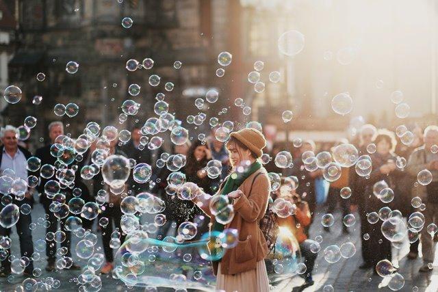 Menurut para ahli menyediakan waktu luang untuk diri sendiri setiap harinya adalah sesuatu yang benar-benar diperlukan. (Foto: Alejandro Alvarez/Unsplash.com)