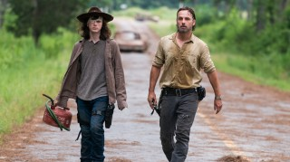 Serial Walking Dead Dikembangkan ke Tiga Film Panjang