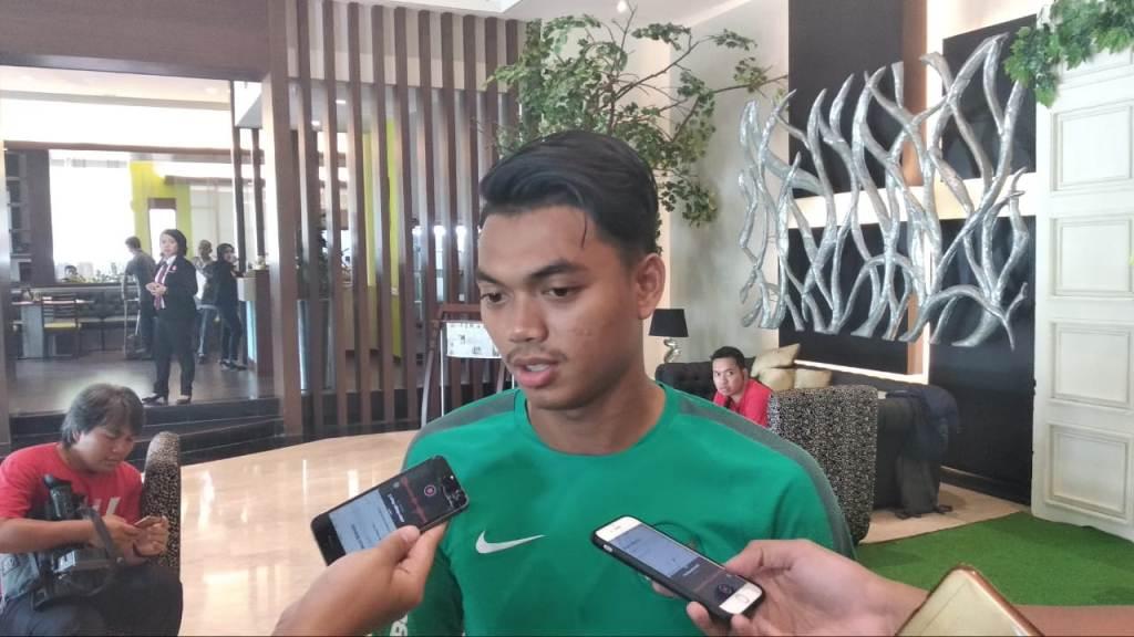 Bek Timnas Indonesia Alfath Fathier siap menggantikan peran Rezaldi Hehanusa di Piala AFF 2018 (Foto: medcom.id/Rendy Renuki H)