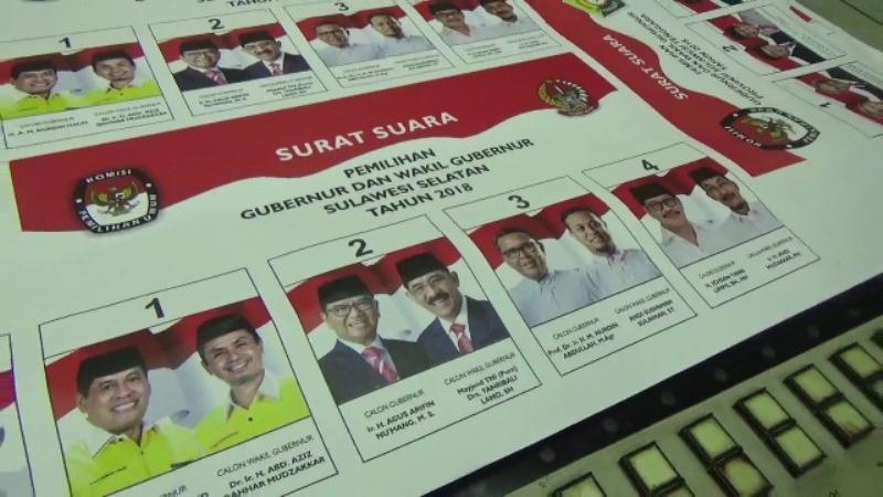 Lembar surat suara pada Pilgub Sulsel tahun 2018, Selasa, 6 November 2018. Medcom.id/ Andi Aan Pranata.