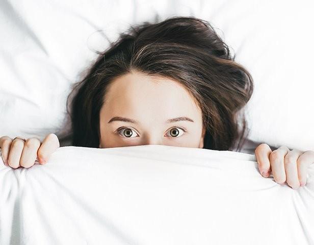Tidur yang tidak cukup telah dikaitkan dengan sejumlah penyakit dan kondisi. (Foto: Alexandra Gorn/Unsplash.com)