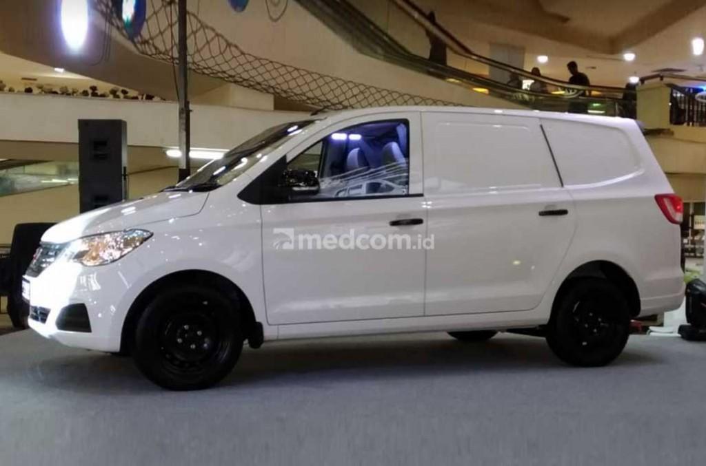 Wuling Motors kenalkan mobil niaga blind van Formo. Medcom.id/M. Bagus Rachmanto
