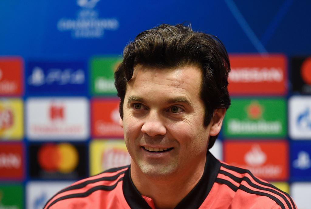Pelatih interim Real Madrid, Santiago Solari (AFP/Michal Cizek)
