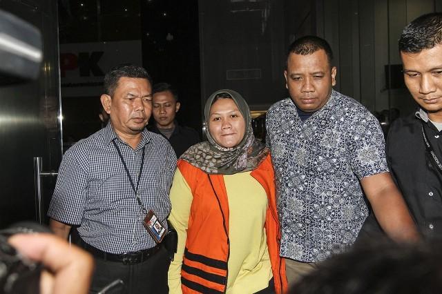 Bupati Bekasi nonaktif Neneng Hasanah Yasin--Antara/Dhemas Reviyanto