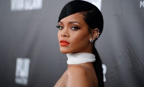 Rihanna Protes Musiknya Dipakai Acara Politik Presiden Trump